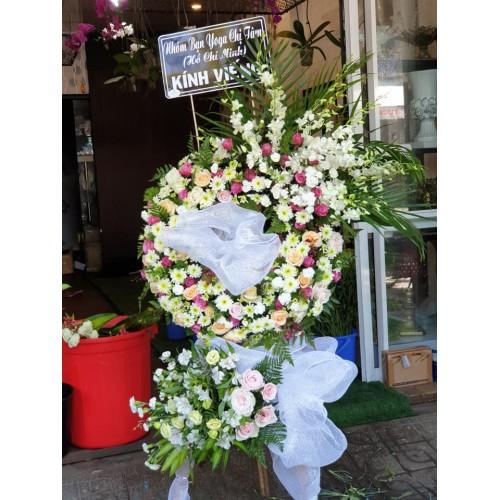 Bộ sưu tập mẫu hoa chia buồn ở Tam Kỳ