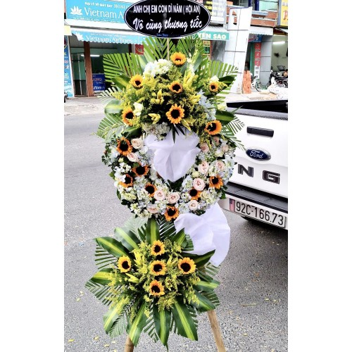 Những mẫu hoa viếng trang nhã, lịch sự tại Quảng Nam