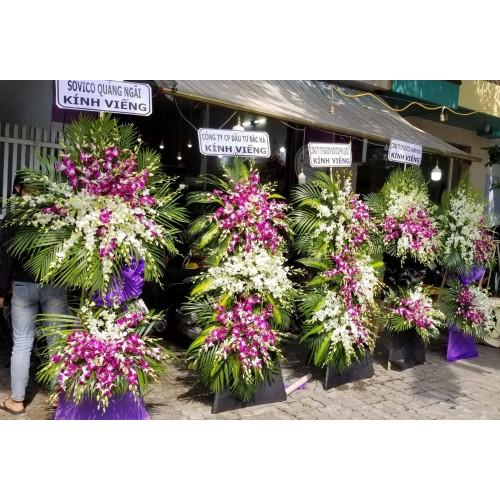 Viếng hoa chia buồn tang lễ