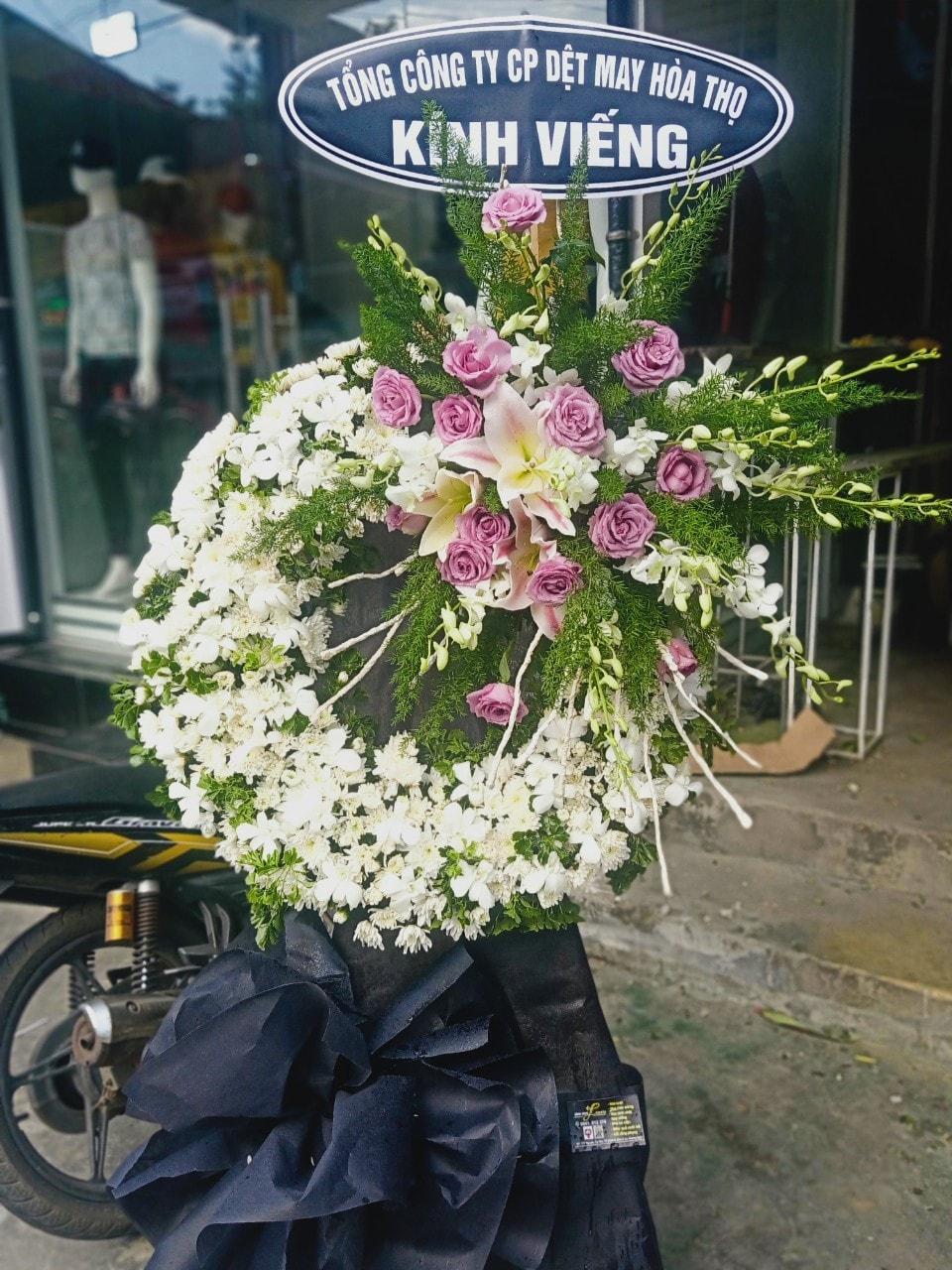 Hoa chia buồn đám tang huyện Bình Sơn
