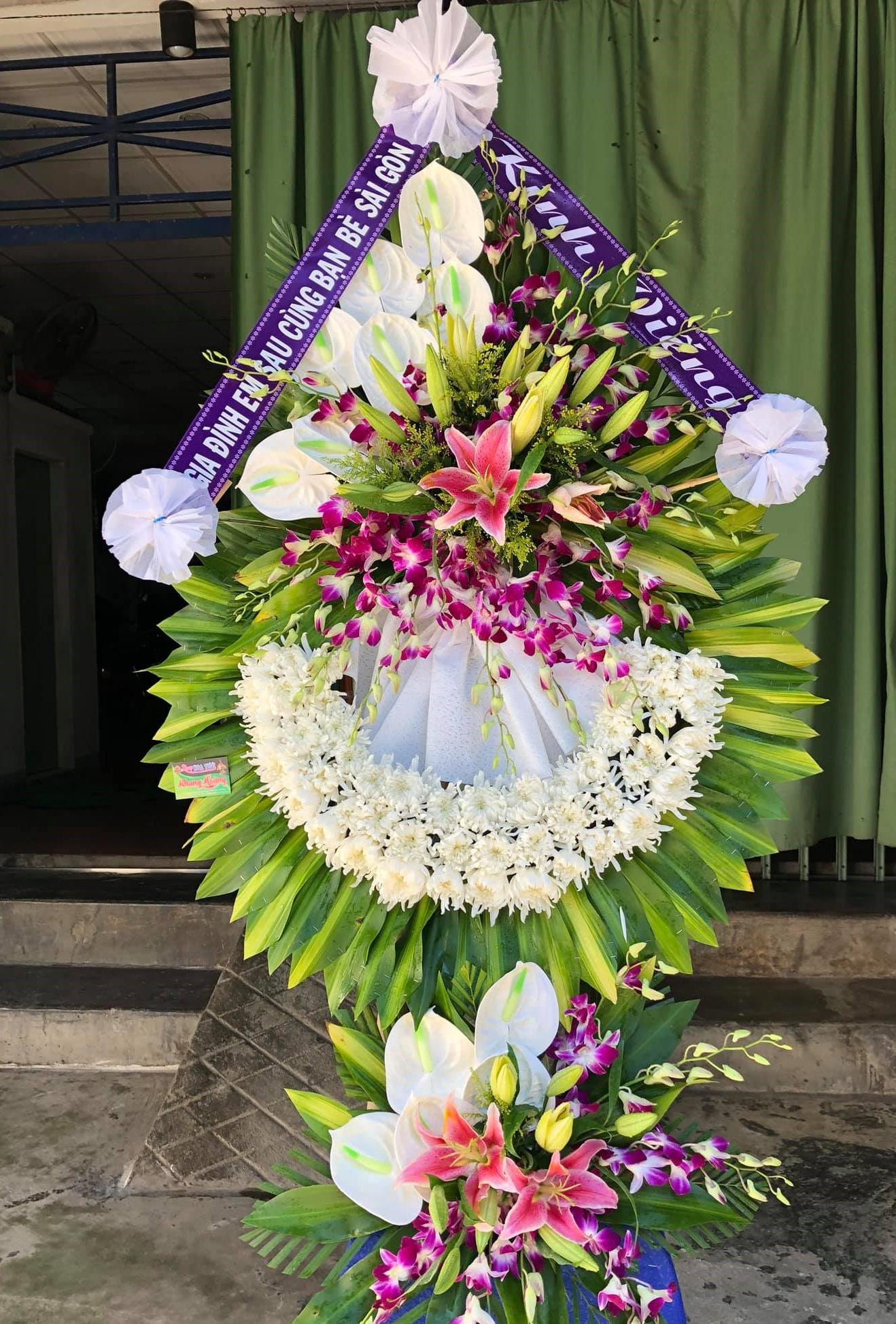 Gửi hoa chia buồn đám tang huyện bình sơn