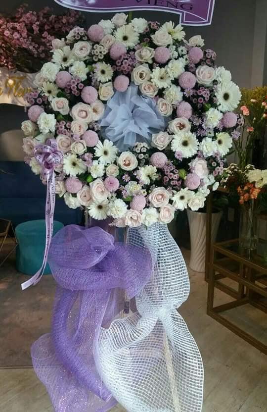 Gửi hoa chia buồn đám tang nha trang