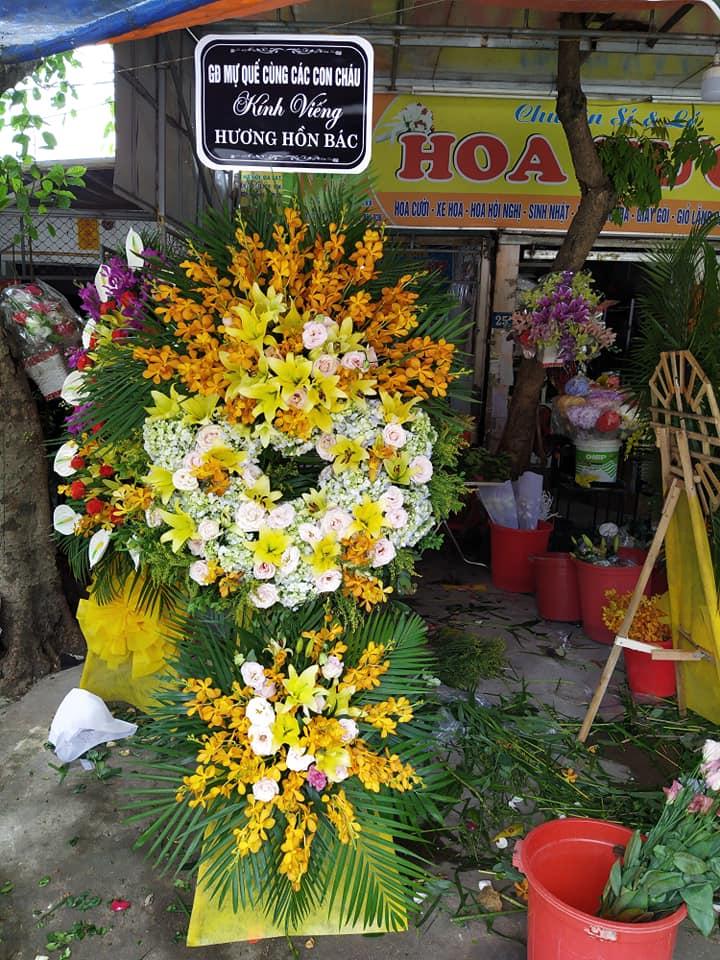 Lẵng hoa chia buồn thành phố Vinh