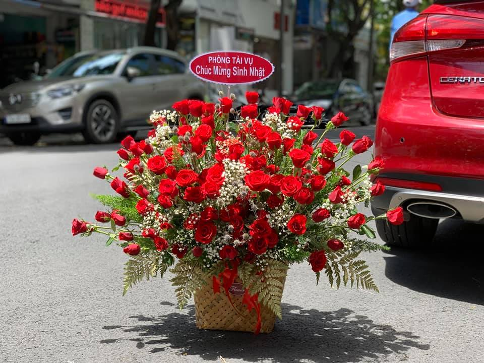 Hoa mừng sinh nhật Huế