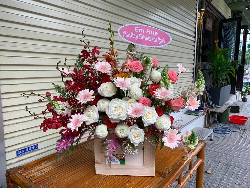 Cửa hàng hoa Huế