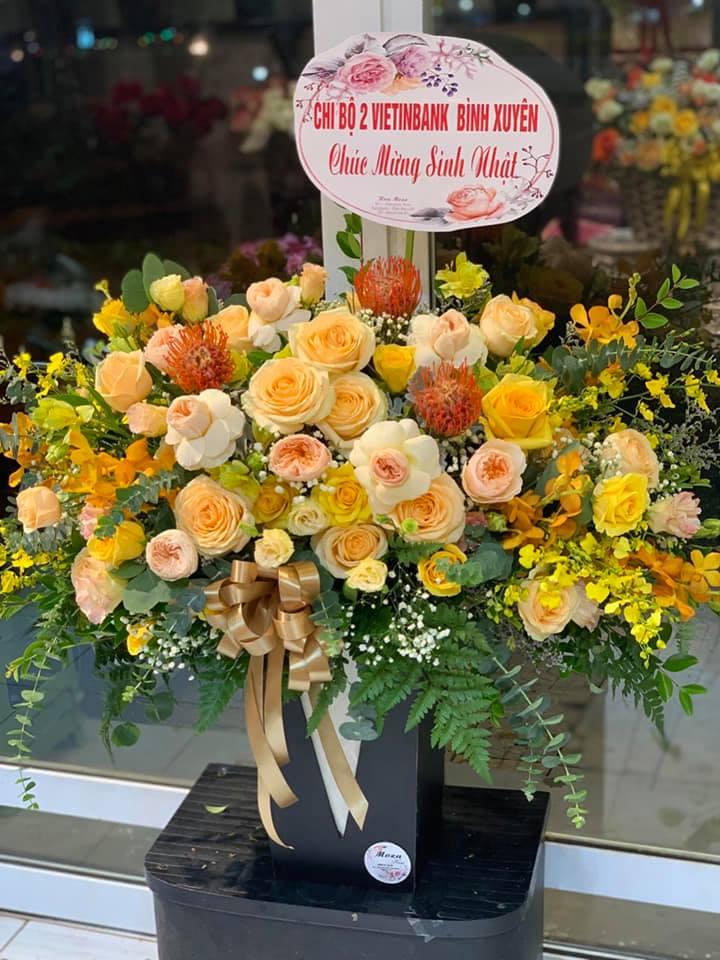 Mẫu hoa sinh nhật