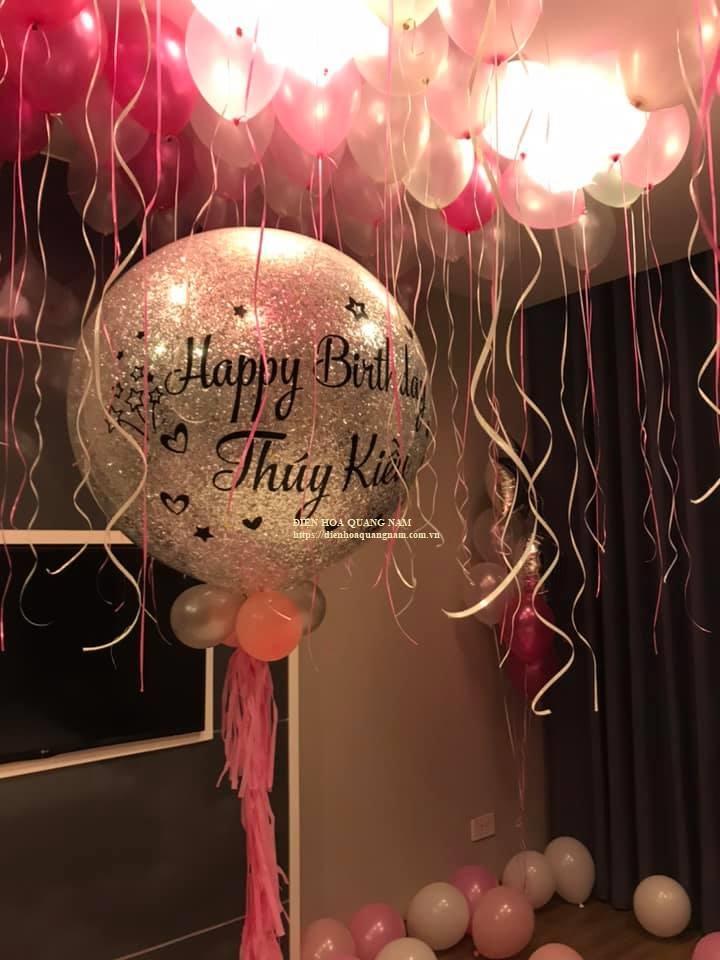 Căn phòng sinh nhật