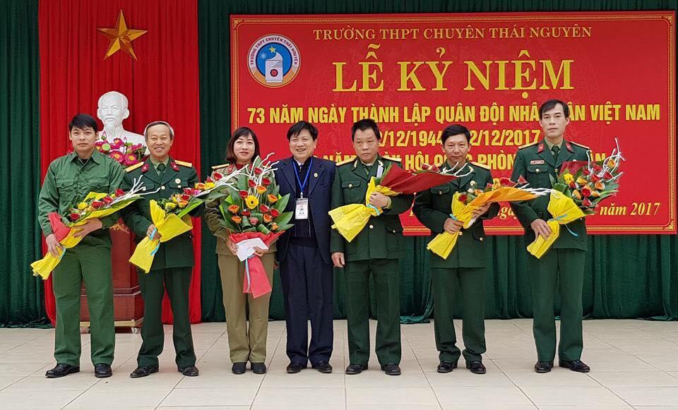 Hoạt động kỷ niệm ngày truyền thống quân đội nhân dân Việt nam
